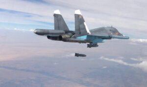 Russisches Kampfflugzeug wirft Bomben über Syrien ab