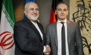 Der iranische Außenminister Zarif mit seinem deutschen Amtskollegen Maas