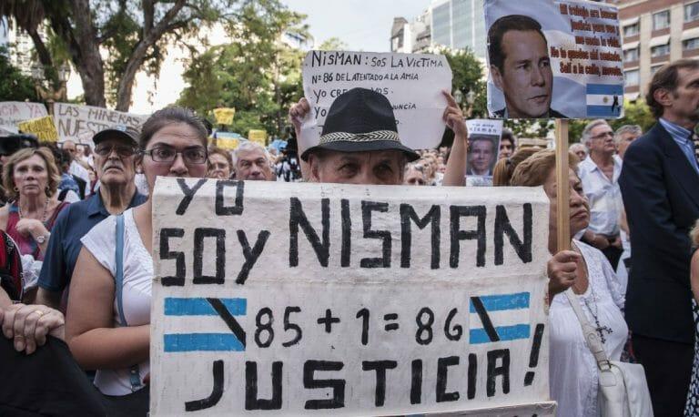 Demonstration für den ermordeten argentinischen Staatsanwalt Alberto Nisman