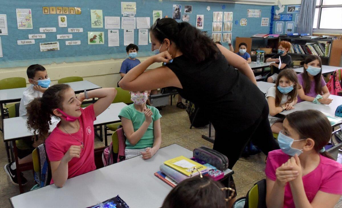Schulen in ganz Israel berichten von einem Wiederanstieg der Corona-Infizierungen