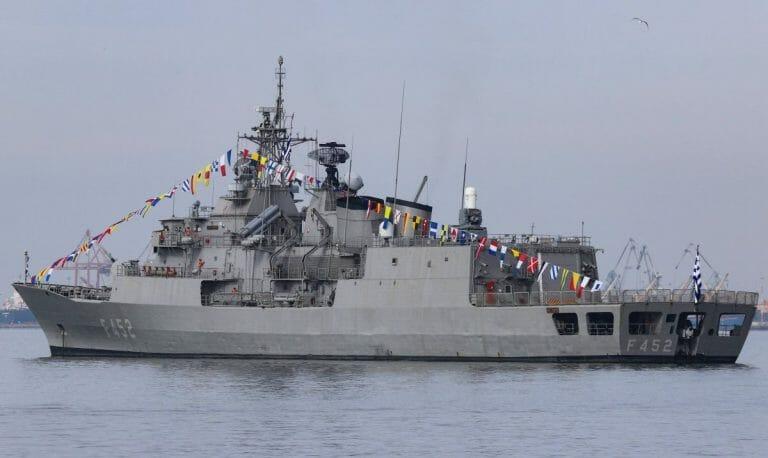 Ein Schiff der griechischen Marine