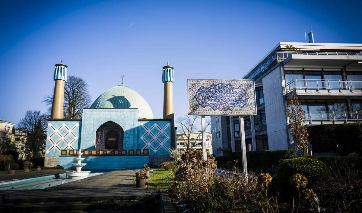 """Die """"Blaue Moschee"""" des Islamischen Zentrums Hamburg"""