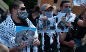 Propalästinensische Aktivisten versuchen die Proteste anlässlich des gewaltsamen Todes von George Floyd für sich zu instrumentalisieren