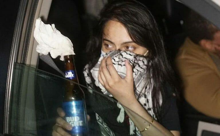 Die antiisraelische Menschenrechtsanwältin Urooj Rahman warf in Brooklyn einen Molotow-Coktail auf einen Streifenwagen