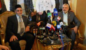 Führer der ägyptischen Muslimbruderschaft Mohammed Badie mit Ismael Haniyeh, dem Politbürochef ihres Ablegers Hamas
