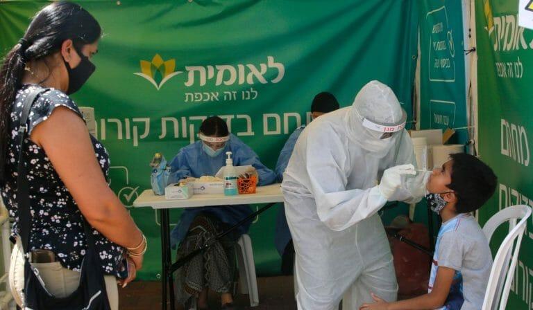 In Israel kommt es zu einem drastischen Anstieg der Corona-Neuinfektionen