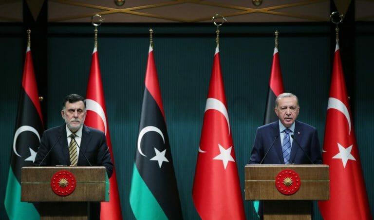 Erodgan und der Premier der libyschen Regierung der Nationalen Übereinkunft Fayez al-Sarraj