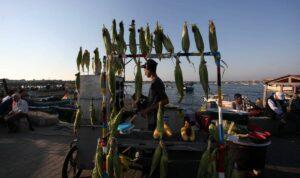 Am Wochenende brachten sich in Gaza drei Männer aus Verzweiflung über die wirtschaftliche Lage um – einer von ihnen ein Straßenhändler