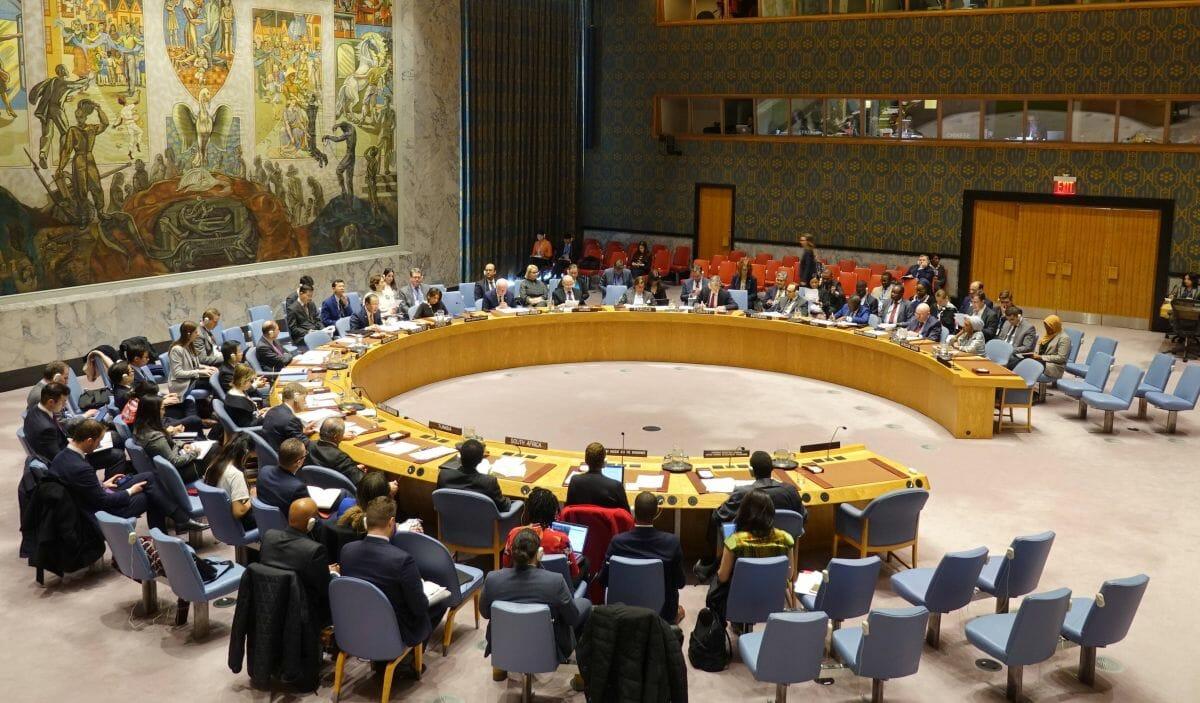 Wie behandelt der UN-Sicherheitsrat andere Konflikte um Siedlungen?