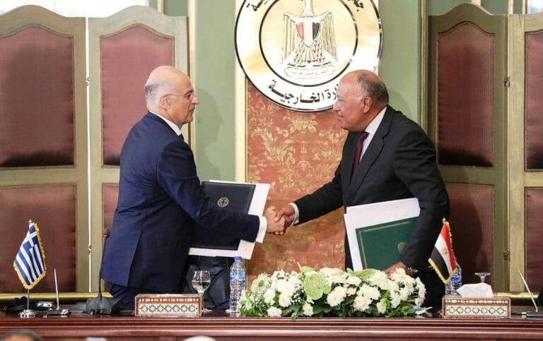 In Kairo vereinbarten die Außenminister von Griechenland und Ägypten die Schaffung einer ausschließlichen Wirtschaftszone im Mittelmeer. (imago images/Xinhua)