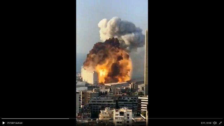 Explosion im Hafen von Beirut. (Quelle: Twitter)