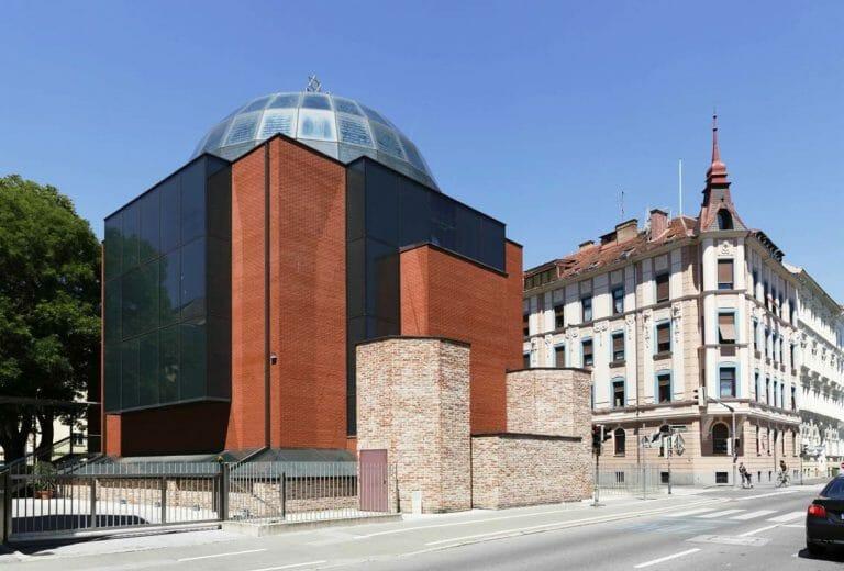 """Die Synagoge in Graz wurde Ziel eines Aktes von antisemitischem Vandalismus. (<a href=""""http://www.imago-images.de"""">imago images</a>/Westend61)"""