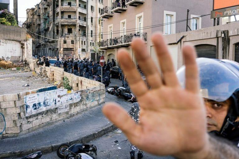 Demonstrationen auf den Straßen Beiruts können der Hisbollah nichts anhaben. (imago images/Hans Lucas)