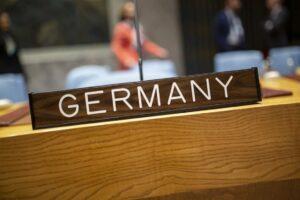 """Bei der Abstimmung über eine Verlängerung des Waffenembargos gegen den Iran der Stimme enthalten: Deutschland. (<a href=""""http://www.imago-images.de"""">imago images</a>/photothek)"""