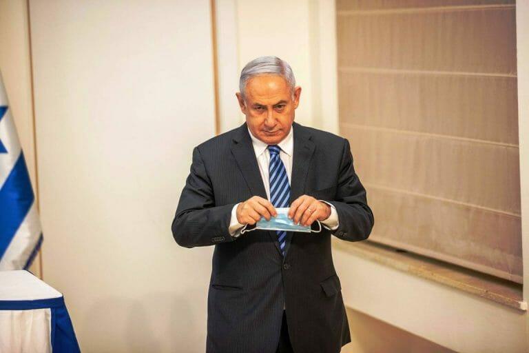 Im Visiert von Protesten, wie Israel sie seit 2012 nicht mehr gesehen hat: Premier Netanjahu. (imago images/UPI Photo)