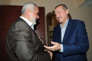 """Hamas-Chef Ismail Haniyeh zu Gast beim Präsidenten der Türkei. Erdogan betrachtet die Terroristen als """"unsere Freunde in Palästina"""". (imago images/ZUMA Press)"""