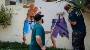 """Als Reaktion lässt Tel Aviv das """"Peeping Tom""""-Graffito übermalen"""