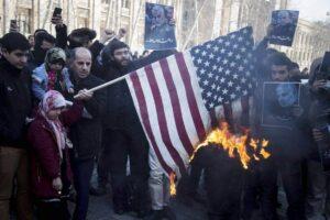 Für das iranische Regime ist der Hass auf die USA unverzichtbar. (imago images/ZUMA Press)