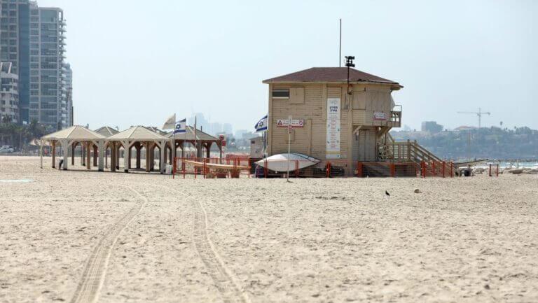 Auch der Strand in Tel Aviv ist vom Corona-Lockdown in Israel betroffen