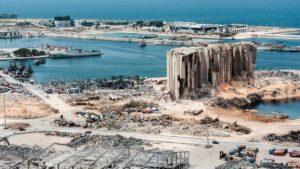 Der bei der Explosion vom 4. August zerstörte Hafen von Beirut