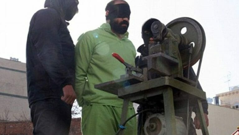 Im iransischen Strafgesetztbuch ist Fingeramputation für Diebstahl vorgesehen