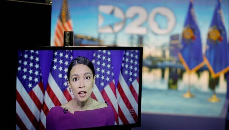 Kongressabgeordnete Alexandria Ocasio-Cortez auf dem Demokratischen Nationalkonvent