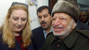Suha Arafat mit ihrem verstorbenen Mann Yasir Arafat