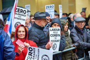 April 2018: Protest gegen Antisemitismus in der Labour-Partei (© imago images/ZUMA Press)