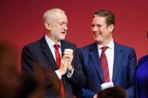 Labour-Parteitag 2017: Die Zeiten, in denen sich Parteichef Keir Starmer (re.) und sein Vorgänger Jeremy Corbyn gut verstanden, dürften vorbei sein. (© imago images/PA Images)