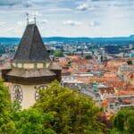 In Graz agitiert die Steirische Friedensplattform bevorzugt gegen Israel. (imago images/robertharding)