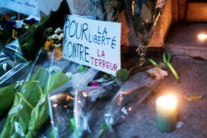 Ort des Gedenkens für den von einem Islamisten ermordeten Lehrer Samuel Paty. (© imago images/Le Pictorium)