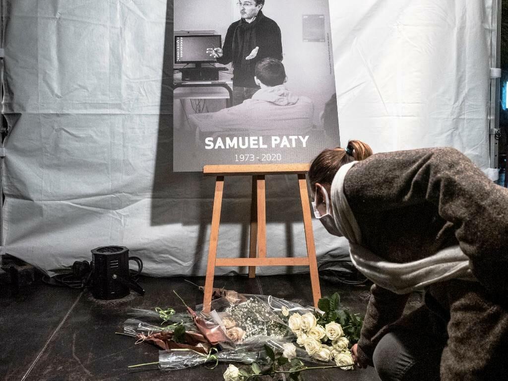 Schüler von Samuel Paty ließen sich für Informationen über das designierte Mordopfer bezahlen. (© imago images/Hans Lucas)