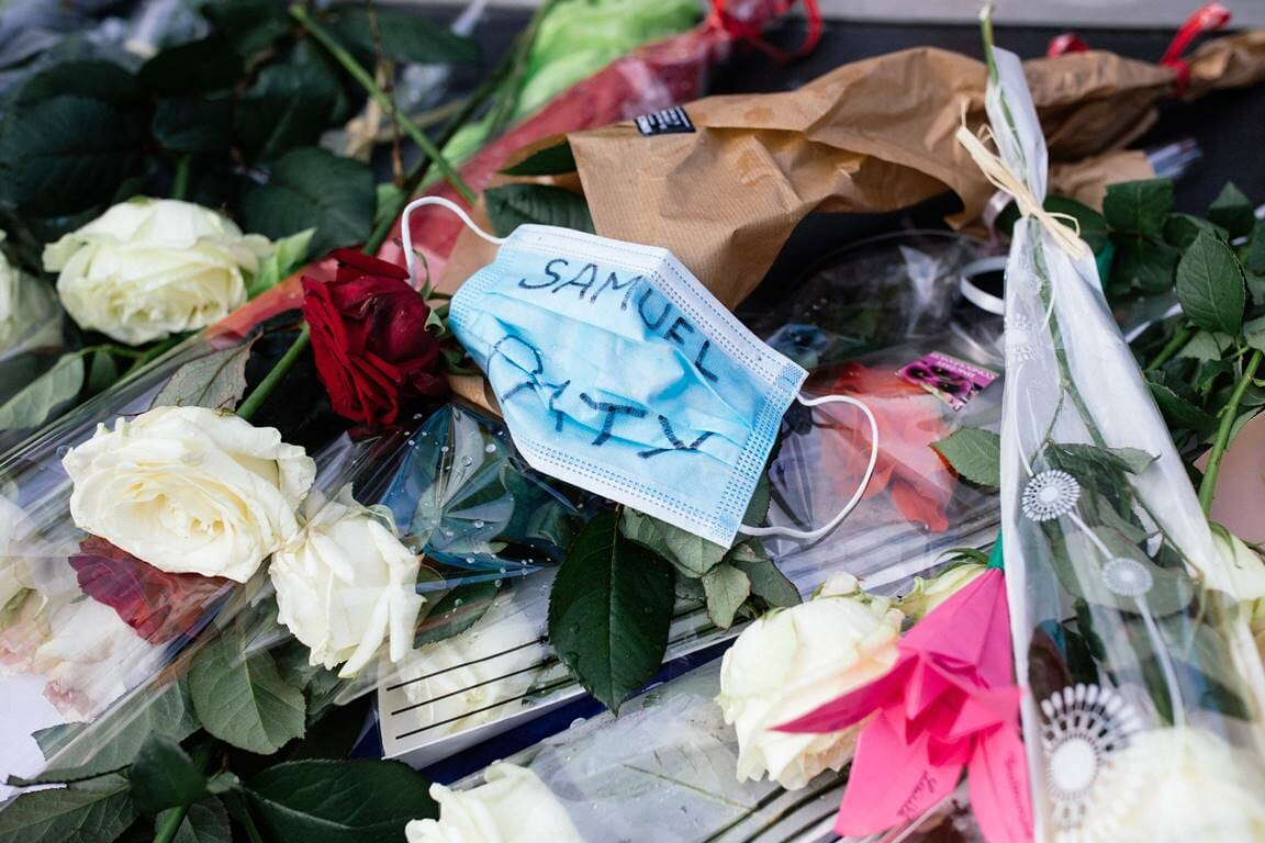 Dass liberale Gesellschaften auf den Terror nicht angemessen reagieren, hat auch mit den ideologischen Verrenkungen mancher Akademiker zu tun. (© imago images/Hans Lucas)