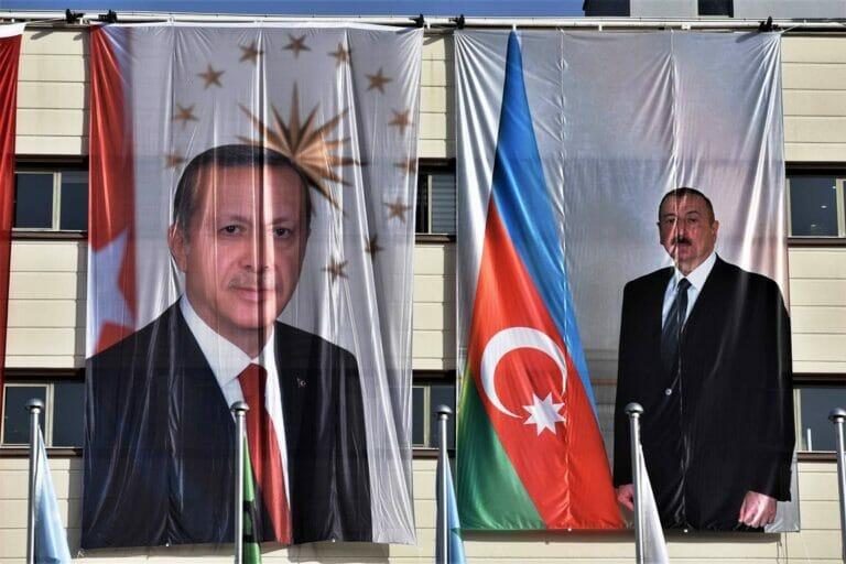 Kaukasus Das Gefahrliche Spiel Der Turkei