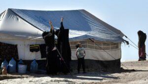 Im syrsichen Lager al-Hol sind auch IS-Kämpfer und deren Angehörige interniert