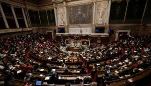 Die französische Regierung übergab dem Parlament einen Gesetzentwurf zum Verbot von Jungfräulichkeitstests