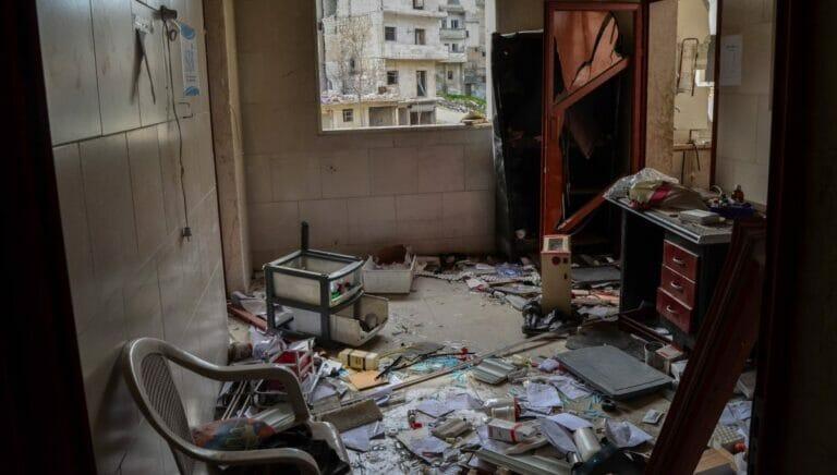 Die Truppen Putins und Assads bombardierten vorsätzlich Spitäler in Idlib