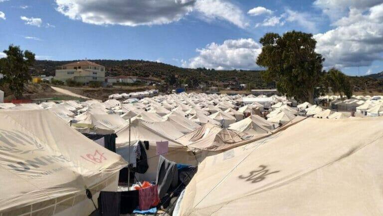 Das nach dem Brand neu aufgebaute Lager in Moria