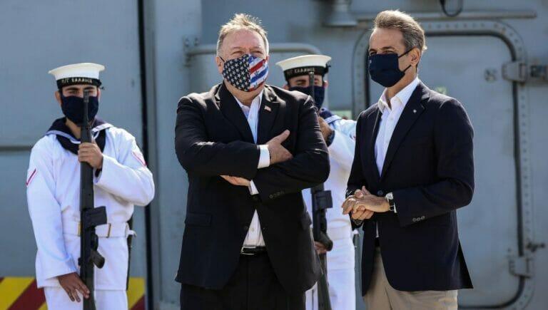 US-Außenminister Pompeo und Griechenlads Premier Mitsotakis auf der Marinebasis Souda