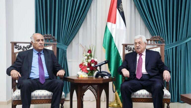 Rajoub mit dem Präsidenten der Palästinensischen Autonomiebehörde Abbas