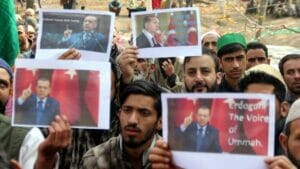 """Demonstranten in Kaschmir feiern Erdogan als """"Stimme der muslimischen Gemeinschaft"""""""