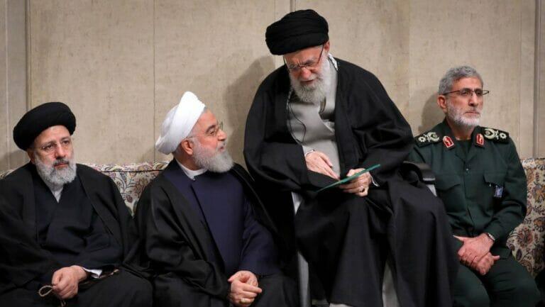 Quds-Einheit-Führer Ghaani (re.) fordert Verbündete im Irak zu Ruhe und Wachsamkeit auf