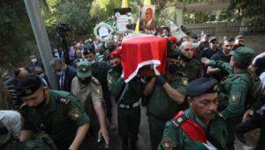 Begräbnis des früheren palästinensischen Chefunterhändlers Saeb Erekat