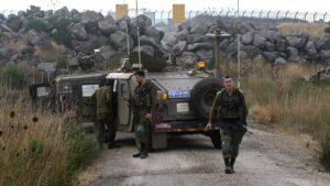 Israelische Patrouille auf dem Golan an der syrischen Grenze