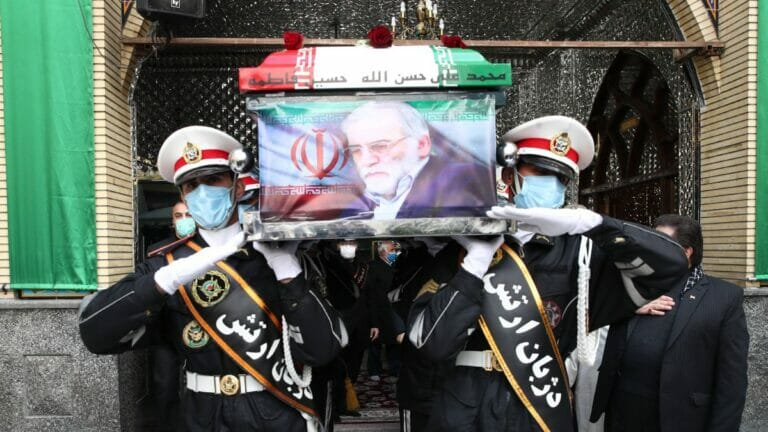 Begräbnis dess Leiters des iranischen Nuklearwaffenprogramms Mohsen Fakhrizadeh in Teheran