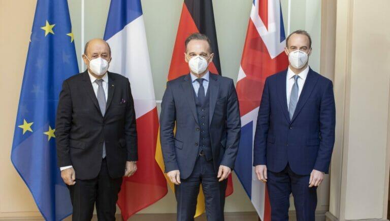 Die Außenminister von Frankreich, Deutschland und Großbritannien