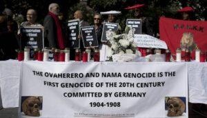 Ausgerechnet das Holocaust-Gedenken soll schuld sein am deutschen Verdrängen des Genozids an Herero und Nama?