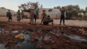 Kinder in einem Flüchtlingslager in Idlib