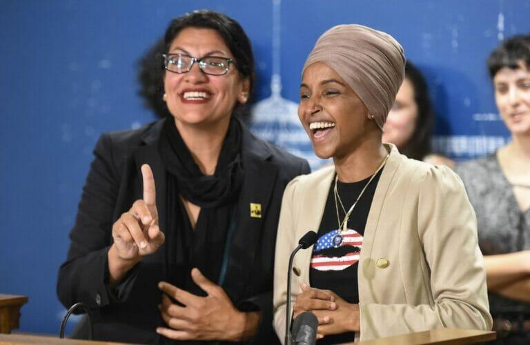 Die beiden demokratischen US-Abgeordneten Rashid Tlaib und Ilhan Omar