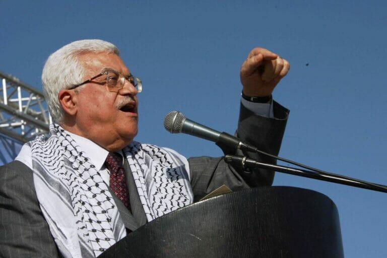 Mahmud Abbas, für vier Jahre gewählt, aber seit 17 Jahren an der Macht, hat Neuwahlen angekündigt. (© imago images/ZUMA Press)
